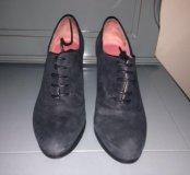 Ботинки женские 36