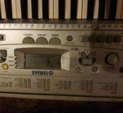 Музыкальный синтезатор с подставкой