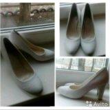 Новые белые туфельки