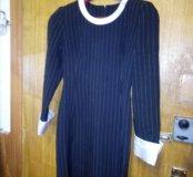 Платье приталенное,офисное.