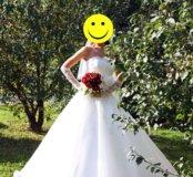 Свадебное платье (перчатки и фата в подарок)