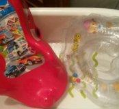 Ванночка для купания , горка и круг для новорожден
