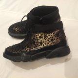 Осенние новые ботинки женские утеплённые