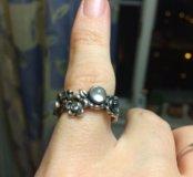 Кольцо Pandora с лунным камнем