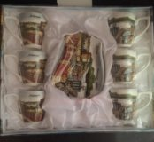 Фарфоровые чашки