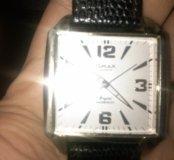 Часы кварцевые омакс
