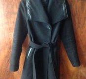 Тёплое и красивое пальто