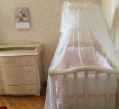 Кроватка + комод (пеленальник)
