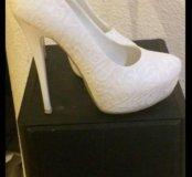 Туфли белые 37 р-р