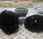 Продам 2-е норковые шапки и тёплый вязаный берет