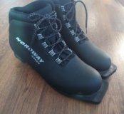 Лыжные ботинки р.45