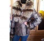 Продам куртку с меховым воротником