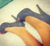 Новые туфли блестящие размер 37