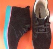 Clarks новые замшевые ботинки
