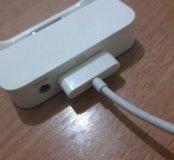 Зарядная база для iPhone 4S Apple