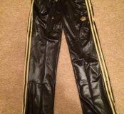Спортивные брюки адидас