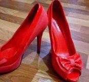 Туфли. Цвет Красный