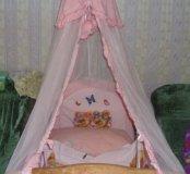 Бортики и постельное белье в кроватку