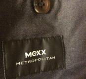 Зимняя куртка ,брендовая