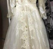 Пышное фантазийное свадебное платье