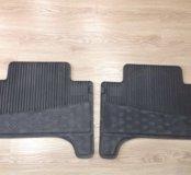 Резиновые коврики (задние) на Toyota Land Cruiser