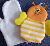 Игрушки, коврик для ванной