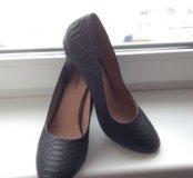 Новые дизайнерские туфли
