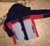 Демисезонная куртка на мальчика 150-160