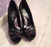 Туфли женские на шпильке
