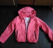 Куртку демисезонная