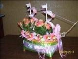 Корзины,  корабли. Композиции из цветов и конфет