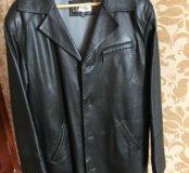 Куртка кожаная мужская в хорошем состоянии