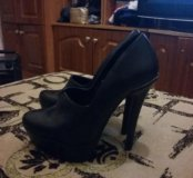 Туфли черные 36 размер