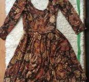 Цветастое платье