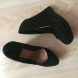 Черные туфли Stradivarius