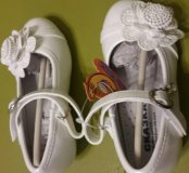 Лаковые туфли новые
