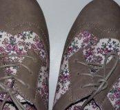 Очень красивые и интересные ботиночки)