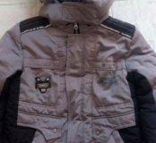 Куртка зимняя на мальчика 6-8 лет.