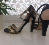 Новые туфли , босоножки VITACCI