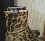 Сапоги резиновые на каблуке