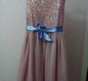 Нарядное платье на 8-11 лет