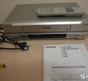 Видеомагнитофон Toshiba V-E30