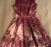 Красивейшее кружевное платье 42 р.