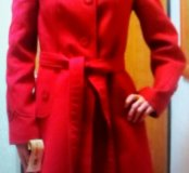 пальто 46р новое красное