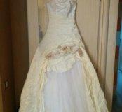 Свадебное платье + кринолин + сумочка + фата