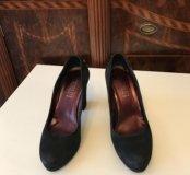 Туфли Loriblue чёрные замшевые