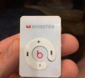 Плеер Monster Beats
