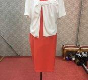 Женское платье большого размера.