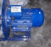Электродвигатель с креплением