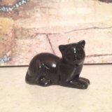 Фарфоровая статуэтка кошка